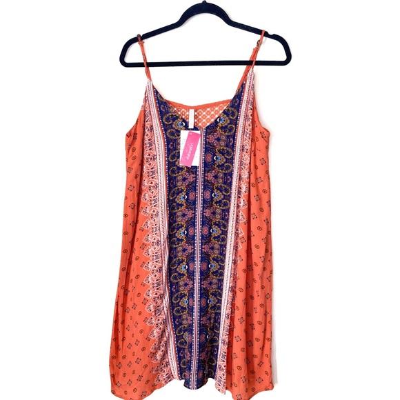Xhilaration Dresses & Skirts - XHILARATION PRINTED BOHO PAISLEY SHIFT DRESS